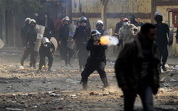 Un'altra manifestazione repressa dalla polizia
