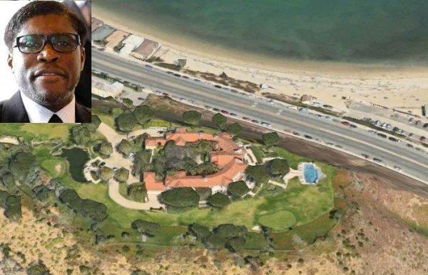 La villa a Malibu, in California. In alto, Teodorino Obiang