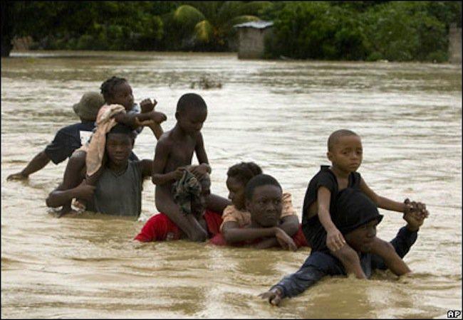 40-jertvi-na-navodnenieto-v-mozambik-52404