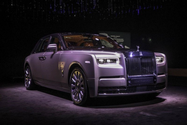 La Rolls Royce Gosth di Grace Mugabe
