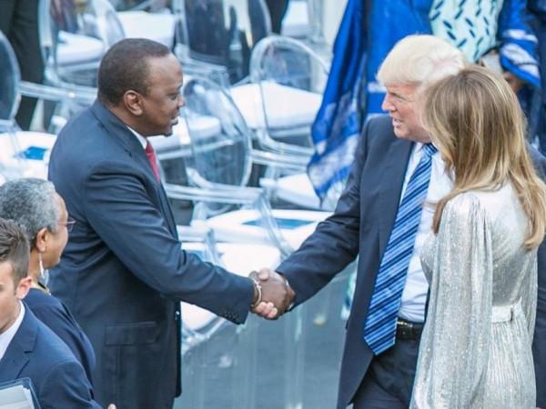 L'incontro tra Uhuru Kenyatta e Donald Trump alla riunione del G7 di Taormina