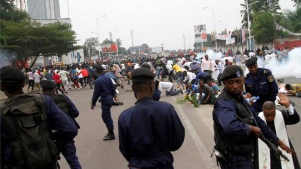 Manifestazione anti-Kabila a Kinshasa, capitale del Congo-K
