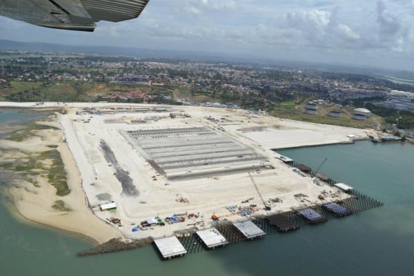 Veduta aerea del porto di Lamu (Kenya) in corso di realizzazione