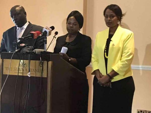 I tre dimissionari nella loro conferenza stampa di ieri