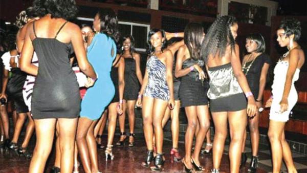 sesso Kenya Uganda Tanzania sognare di uscire con un vecchio