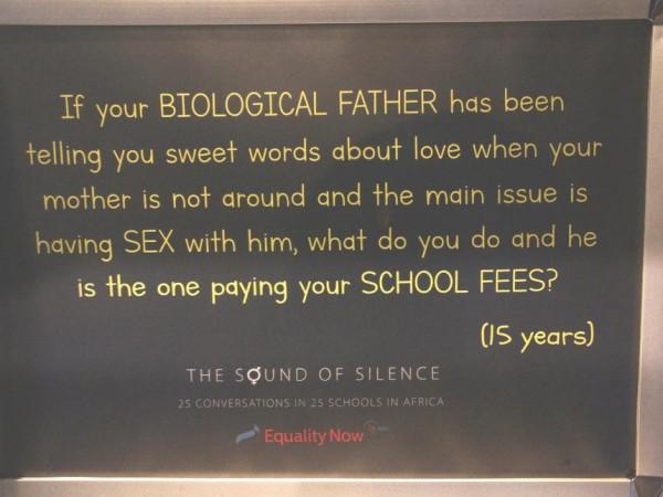 Un poster che rivela i sentimenti di una studentessa, rivelati a Florence Machio.