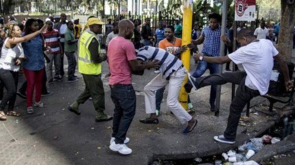 Nigeria incontri sito 2016 Ragazzo ispanico che esce con una ragazza asiatica
