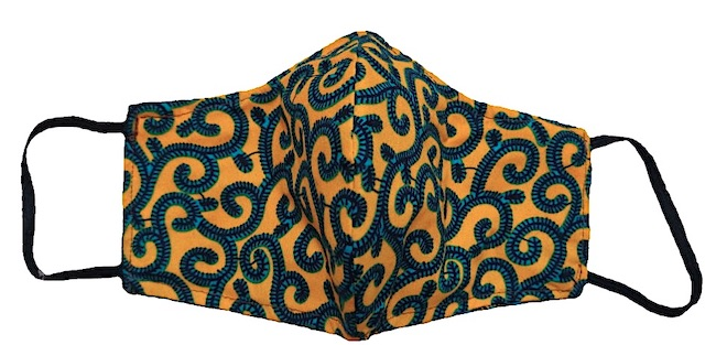 Una delle mascherine anti-covid creata dall'Atelier Gorongosa (Courtesy Helpcode)