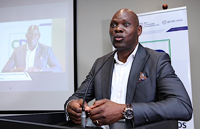Adriano Nuvunga, leader del Centro per la democrazia e lo sviluppo (CDD), minacciato di morte