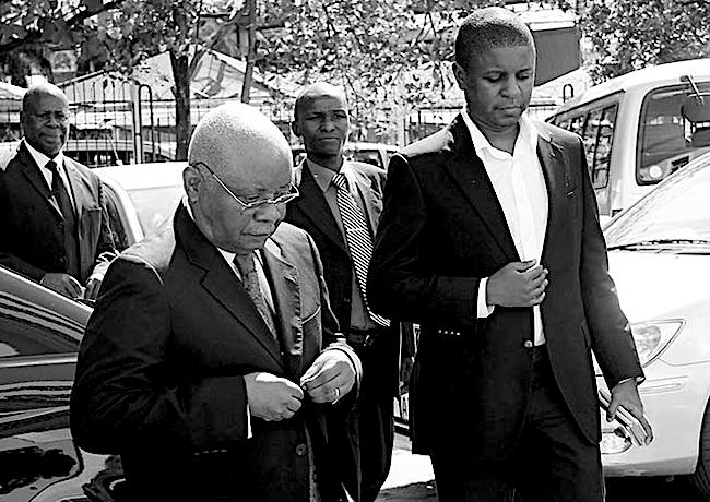 Ex presidente Armando Guebuza e il figlio Ndambi