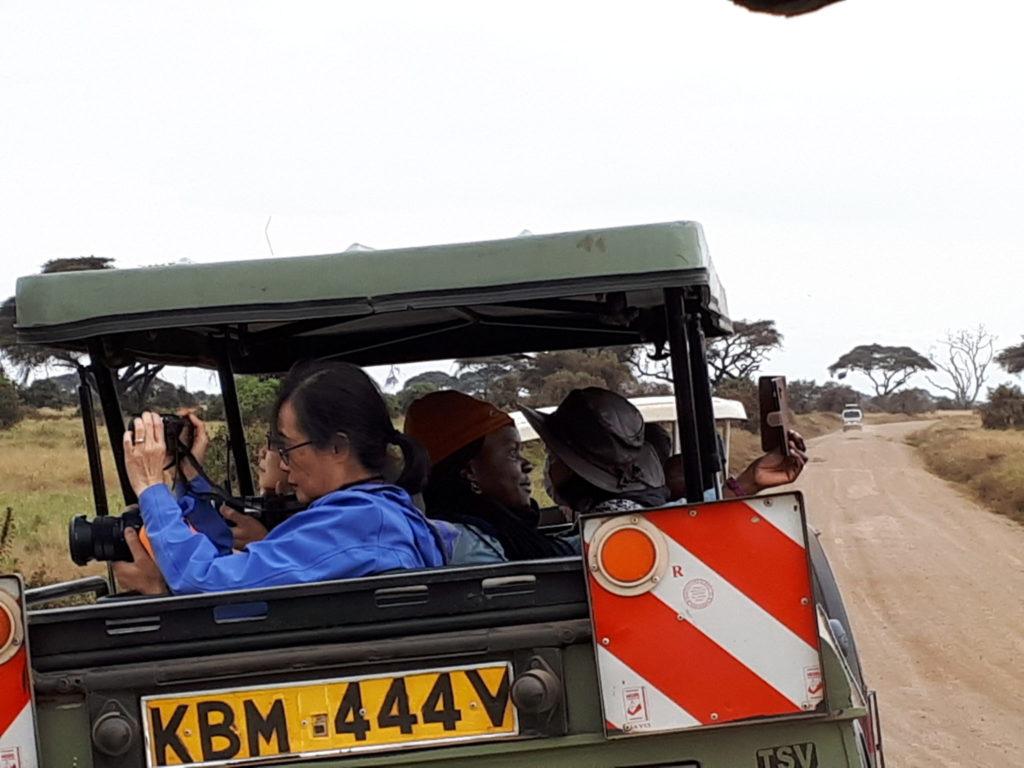 Safari pictures and selfies in Kenya