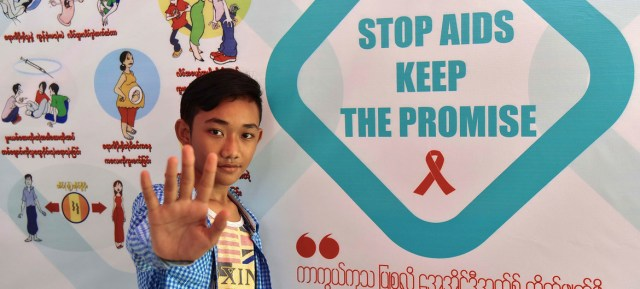 UNICEF is helping raise awarness of HIV and AIDS in Myanmar.
