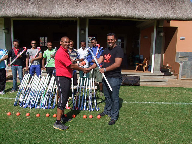 Fabrice Salai, French coach from La Reunion Island, facilitated this coaching course
