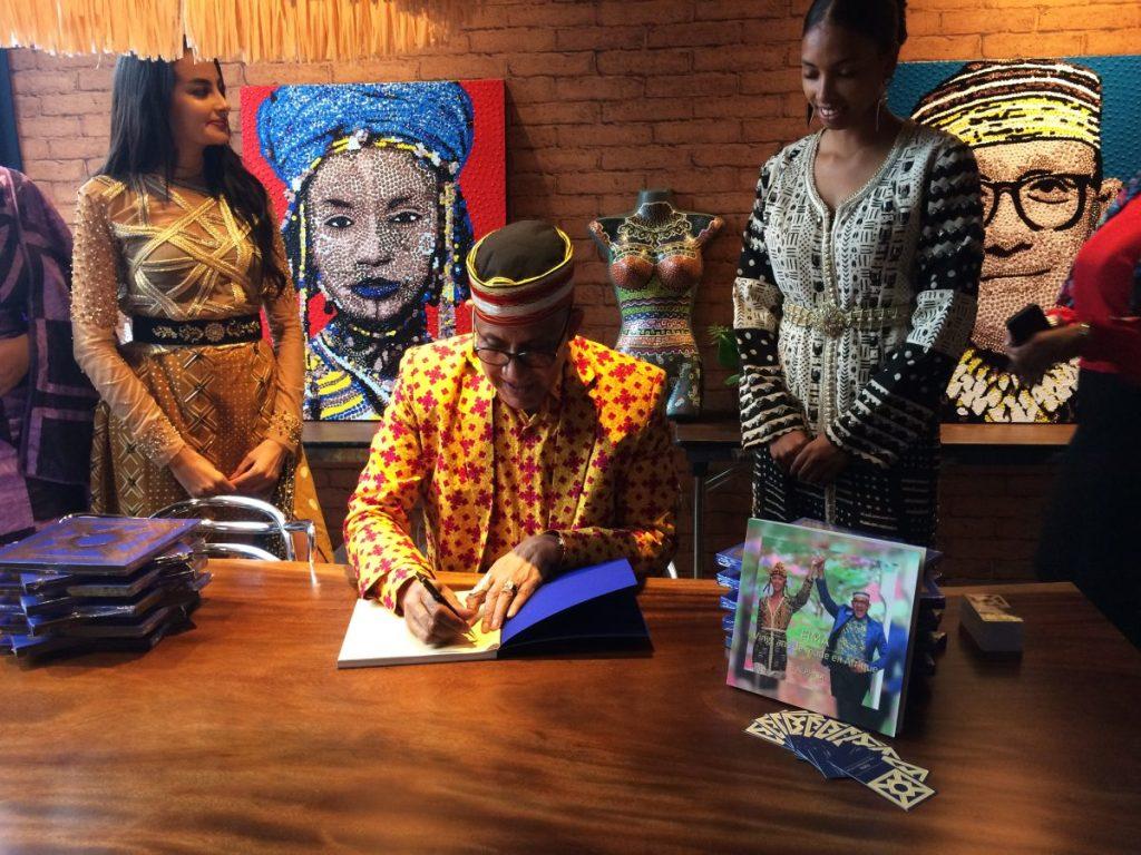 ALPHADI signe à Casablanca son ouvrage « 20 ans de mode en Afrique » et annonce la tenue de la 21ème édition de son Festival à Niamey