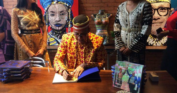 ALPHADI signe à Casablanca son ouvrage « 20 ans de mode en Afrique » et annonce la tenue de la 21ème édition du FIMA à Niamey