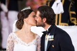 Pictures: Prince Carl Philip gets married to Sofia Hellqvist