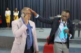 Zimbabwe Pastor Talks to 'God' On the Phone During Service