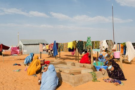 Malian refugee refuses forced marriage in favour of school