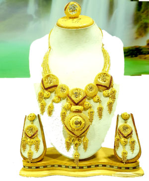 Fancy Golden Plated Necklace Set