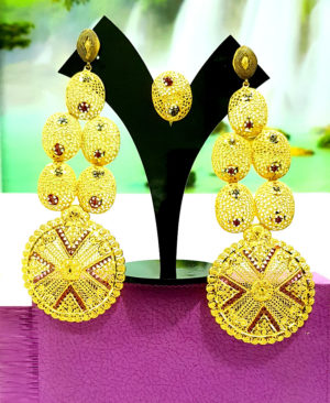 Super Design Golden Plated Earring Set