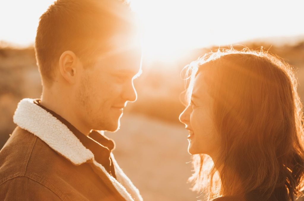 An Expert Shares the 6 Signs That a Relationship Is Over