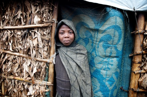 A young girl who has been displaced. Katale Camp, Masisi Territory, July 2013. ALEXIS BOUVY/ Local Voices