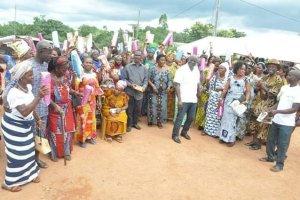 Gagnoa-Fête des mères: Le député Guikahué comble 130 mères du canton Guia dont la plus jeune a 14 ans et la plus vieille 103 ans