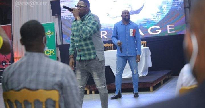 """Ferro M. Bally (journaliste): «Avec Yodé et Siro, le Zouglou a franchi les franchises universitaires pour dénoncer """"la galère et la misère des Ivoiriens""""»"""
