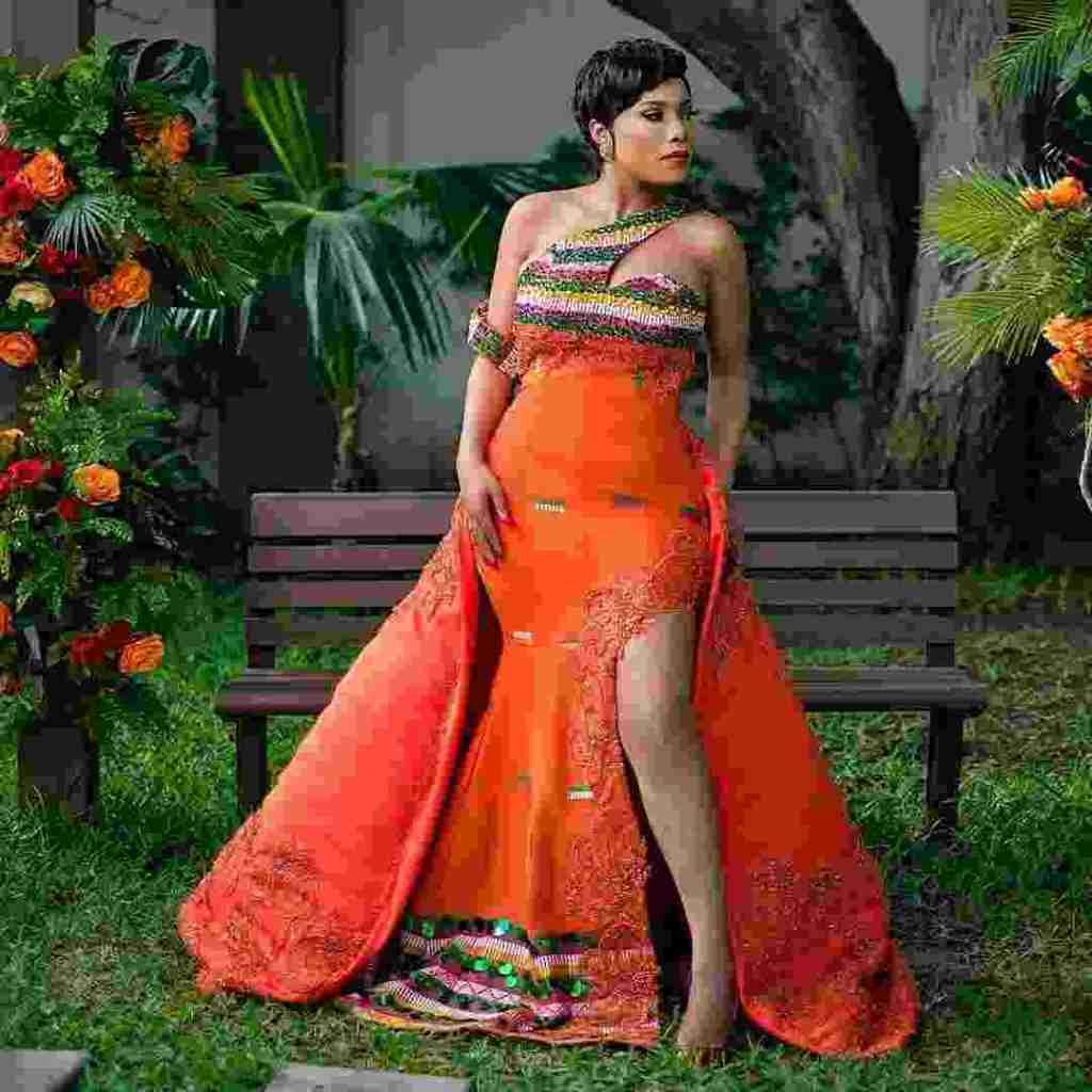 STYLISH AND GLAMOUROUS GHANA KENTE STYLES IN 2019 9