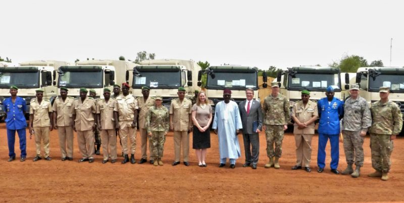 The US delivers the first batch of military equipment to the Niger Republic