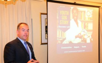 Mitchell Toomey, Global Director, UN SDG Action Campaign addressing youth participants at the SDG Story event