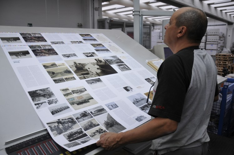 Printing of African Train