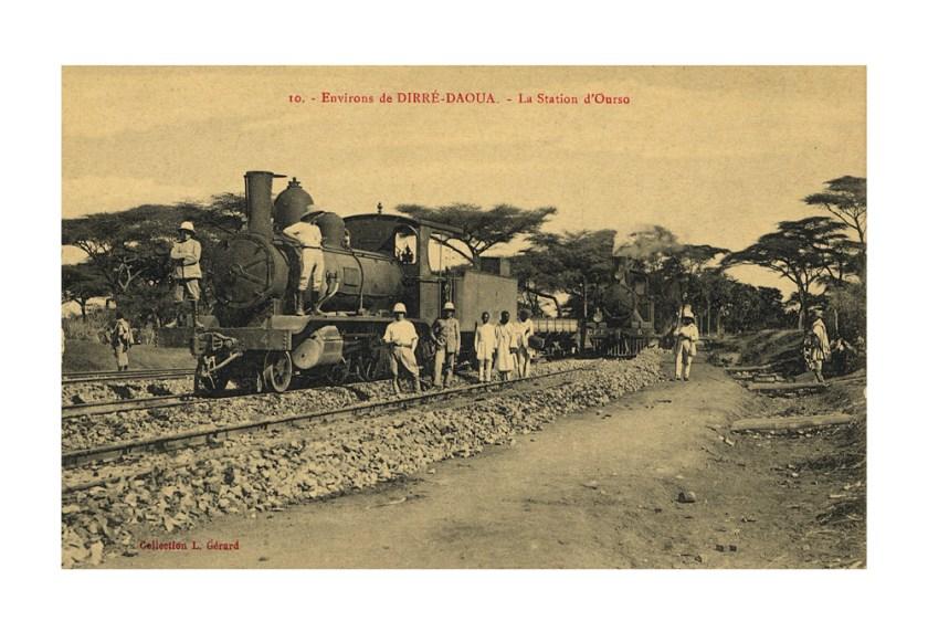 """La « Buffle » et """"l'Antilope"""", locomotives SLM de la fabrique suisse de Winterthur (numéro 4 et 6 de la Compagnie du franco-éthiopien)."""