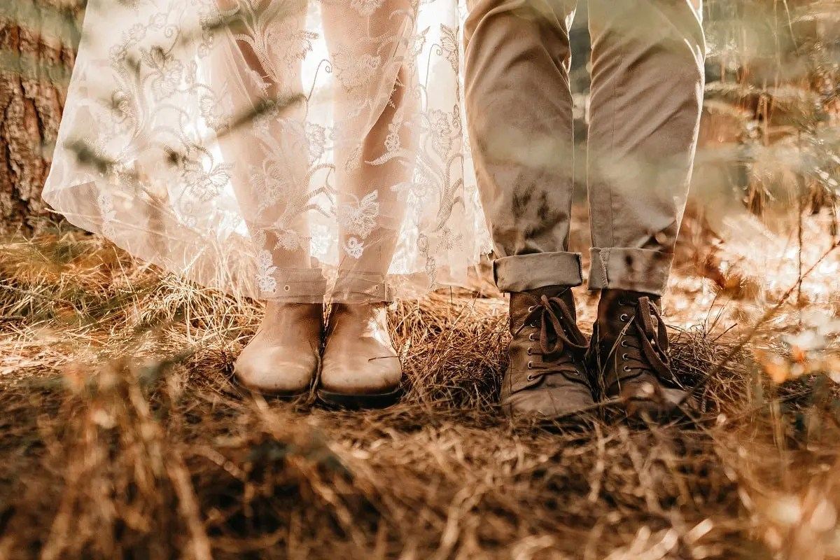 Wedding Photography in the Wild on a Budget