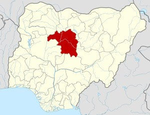 Nigeria: Kaduna Hand-Over: Youth Attack Emir, As Governor Cuts Own Salary By 50%