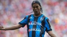 Ronaldinho-gol-Queretaro