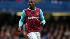 LONDON, ENGLAND - MARCH 19 :  Diafra Sakho of West Ham United during the Barclays Premier League match between Chelsea and West Ham United at Stamford Bridge on March 19, 2016 in London, England.  (Photo by Catherine Ivill - AMA/Getty Images)