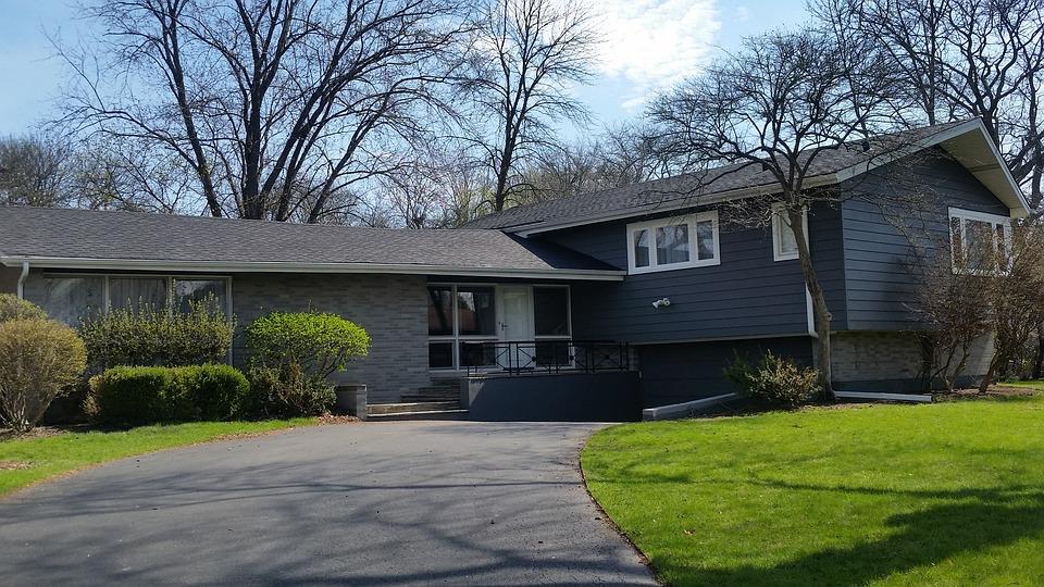 nice house with big yard