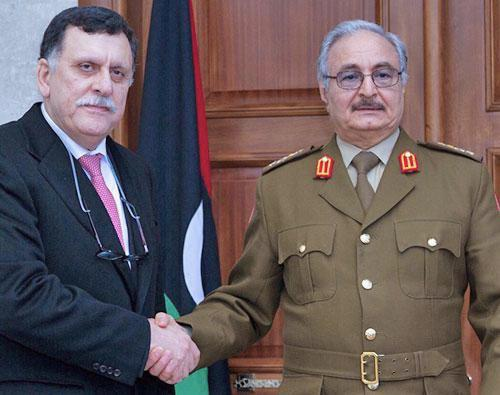Fayez El Sarraj et le général Khalifa Haftar.