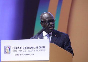 photo: afrikipresse   Le ministre ivoirien, Amon-Tanoh au 6e forum de Dakar sur la paix et la sécurité en Afrique