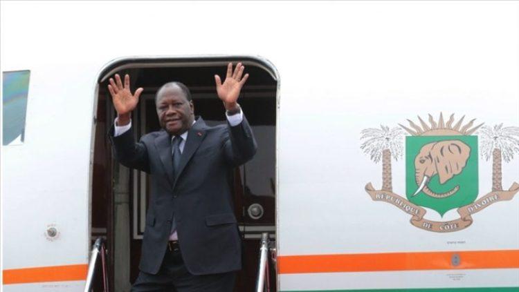 photo présidence.ci: Départ du président Alassane Ouattara au 32e sommet de l'UA