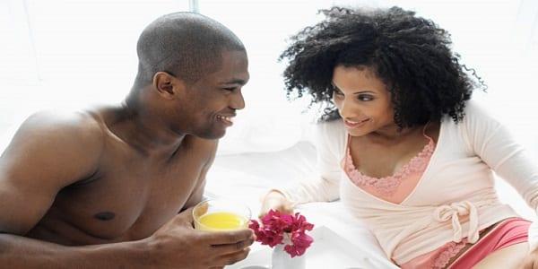 """Couple: messieurs, voici 6 choses que les femmes détestent """"vraiment"""" au lit"""