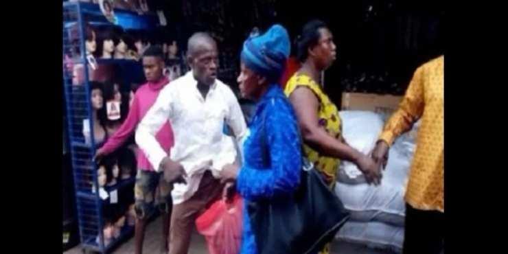 Ghana: deux pasteurs s'échangent des coups de poings pour des offrandes (photos)
