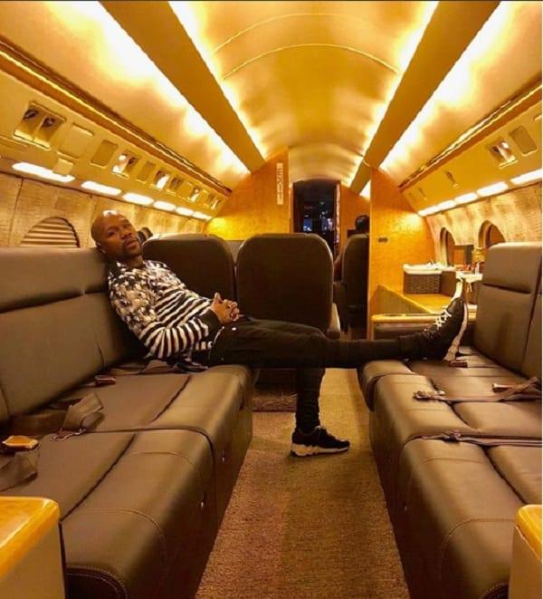 Floyd Mayweather explique pourquoi il est arrogant, et aime le luxe