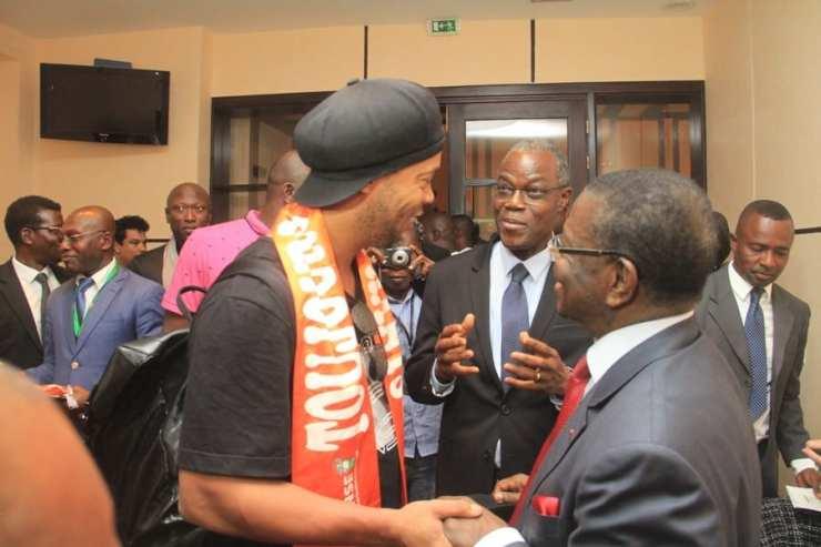 Côte d'Ivoire: Ronaldinho visite Hamed Bakayoko et d'autres autorités