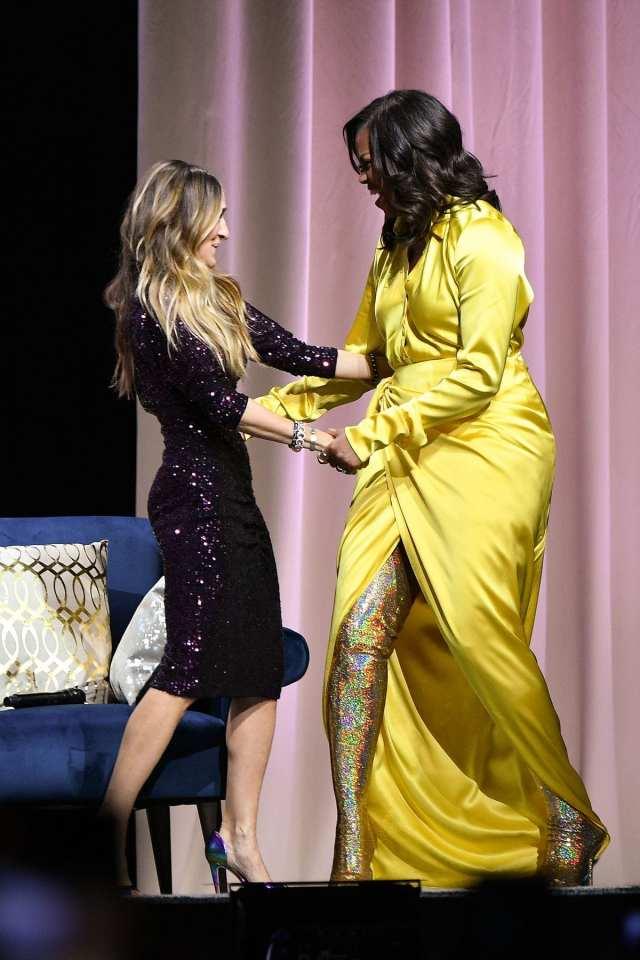Michelle Obama affole la toile avec ses cuissardes à 3900 dollars (photos)