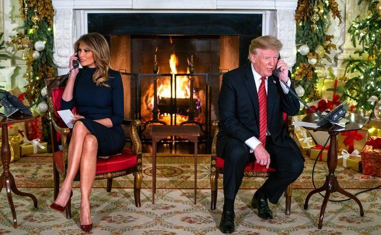 "Photo of Trump ruined the magic for a boy waiting for Santa: ""you still believe in Santa?"""