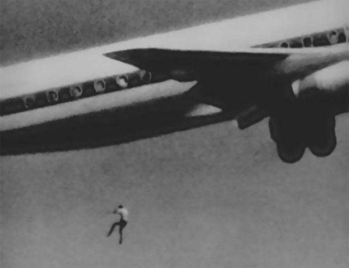 The crazy story of the 14-year-old boy who fell from an airliner