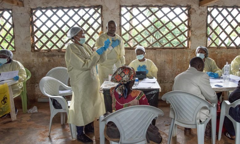 "Photo of Congolese ""will be used as simple guinea pigs"" for ebola vaccine"