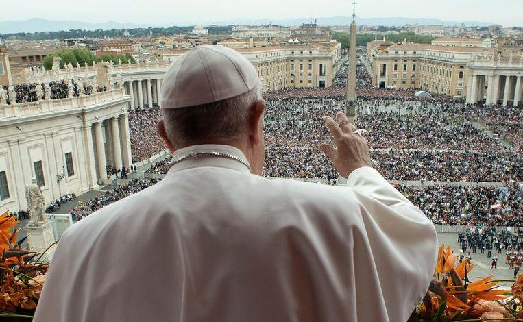 Photo of Pope calls for peace in Libya in the Easter message